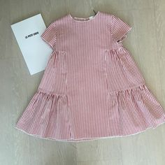 19 Trendy ideas for baby dress girl outfit Baby Girl Frocks, Frocks For Girls, Kids Frocks, Little Girl Dresses, Girls Dresses, Dress Girl, Baby Girl Fashion, Kids Fashion, Fashion Bags