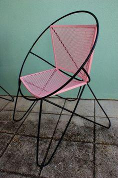 Vintage Pink and Black Mid-Century Modern Salterini Patio Chair
