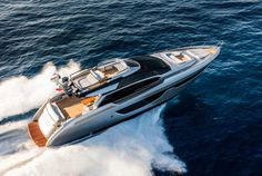 Watch the Riva 76 Perseo in action.
