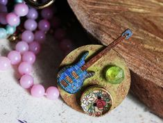 Produsele Funky Craftings sunt disponibile intr-un singur exemplar. Be Funky! Belly Button Rings, Washer Necklace, Blues, Guitar, Crafts, Jewelry, Manualidades, Jewlery, Jewerly