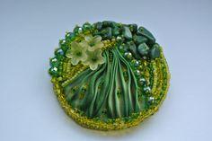 Verde y amarillo del grano Broche bordado con Shibori Carramela