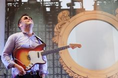 Vampire Weekend Announce Fall 2013 Tour Dates http://www.mxdwn.com/2013/06/25/news/vampire-weekend-announce-fall-2013-tour-dates/