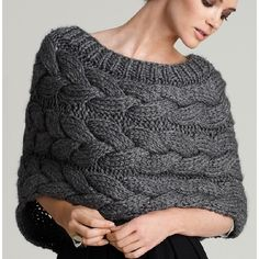 "78 Likes, 2 Comments - ВЯЗАНЫЙ СВИТЕР 👕 (@best_knitter) on Instagram: ""Свяжу такую накидку на заказ. Возможны разные цвета и размеры. Работа 4000 руб. + материал +…"""