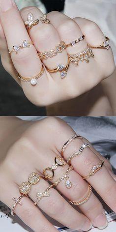 Indian Jewelry Earrings, Fancy Jewellery, Jewelry Design Earrings, Hand Jewelry, Bridal Jewelry, Stylish Rings, Stylish Jewelry, Cute Jewelry, Fashion Rings