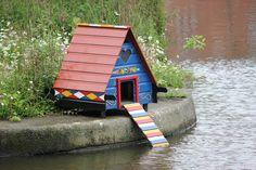 Apa sebenarnya keuntungan membeli rumah kecil? Jika ditelaah, ternyata membeli rumah kecil membawa banyak keuntungan. Simak beberapa keuntungan disini