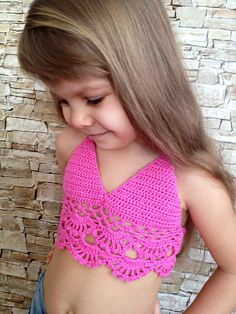 Crochet toddler top Pink crochet crop top Open back halter top Beach clothing for kids Lace Children's bikini bra Crocheted bohemian toddler - Baby clothing boy, Baby clothing girl, Gender neutral and baby clothing Artisanats Denim, Outfit Strand, Bikinis Crochet, Baby Bikini, Girls Crop Tops, Crochet Toddler, Crop Top And Shorts, Crochet Crop Top, Beach Tops