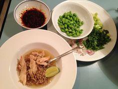Vietnamesisk kyllingesuppe med fuldkornsnudler