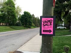 Looking to clear out your closet and make some cash? Here are my yard sale tips and tricks!