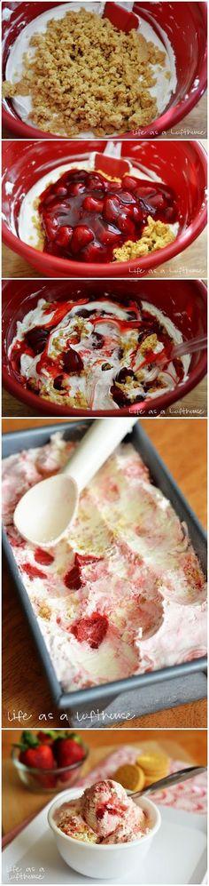 Whaaaat?? Yes!! Yes!! Yeeeessss-uh!! Easy Strawberry Cheesecake Ice Cream