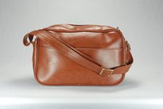 Vintage BagInvictaLuggageSuitcaseCarry by thevintagetreehouse, $39.57