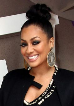 LaLa Anthony opted for a mauve tinted lip to go with her dark smokey eye