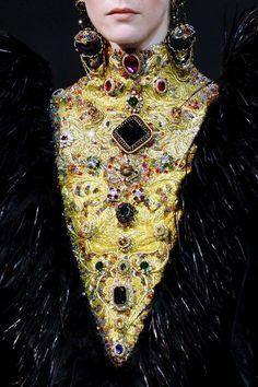Rosamaria G Frangini | BlackKaleidoscope | High Fashion Details | Guo Pei
