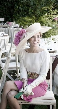 Las invitadas más elegantes  ¡inspírate para tu próxima boda! 4f09f34aac4