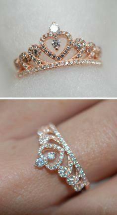 Cute Rings, Pretty Rings, Beautiful Rings, Beautiful Pictures, Cute Jewelry, Jewelry Rings, Jewelry Accessories, Pandora Jewelry, Crown Rings Pandora
