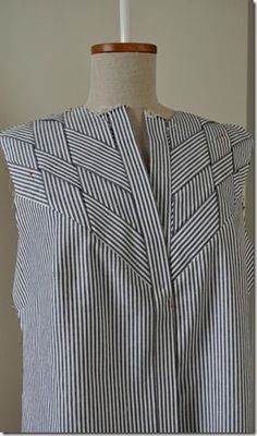 Just want to share my progress, I'm so happy with the result of the front. Apart from the strips the placket was a challenge. I did not want the hidden placket till the neckline and figured out how to