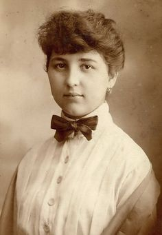 1912 Young lady with a bow tie