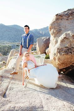 Desert Heat SoCal has some seriously amazing shoot locations. SDSW picked one of the best in the world at Joshua Tree National Park to shoot this stunning on-location wedding setup complete with custom Airstream trailers, a cocktail hour setup, ceremony and reception setups! It's to die for!
