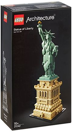 Celebrate a monumental blend of architecture and sculpture with this LEGO Architecture 21042 The Statue of Liberty set. America s iconic symbol of freedom stands more than 305 feet Lego Building Sets, Lego Architecture, Lego Harry Potter, Lego City, Lego Star, Legos, Statue Of Liberty, Amazon Fr, Toys
