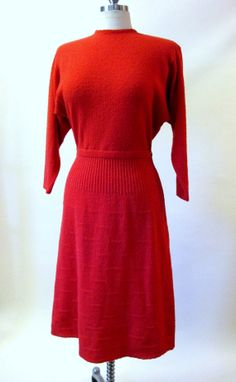 Vintage 1940s Coral Wool Knit Dress Button Back Kims Kimberly Knits