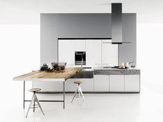 Kitchen with island DUEMILAOTTO by Boffi | design Piero Lissoni