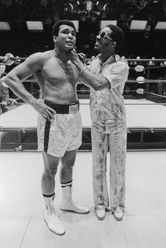 Stevie Wonder : Muhammad Ali: Rare photos from Ebony