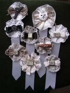 heijastin miehelle - Google-haku Haku, Make You Feel, How To Make, Feeling Special, Burlap Wreath, Save Yourself, Safety, Projects To Try, Google