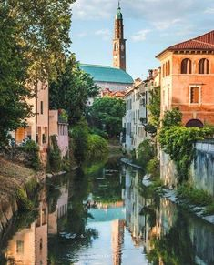 Venice. Italy. Pic by Alberto De Longhi #italyvacation #ItalyVacation