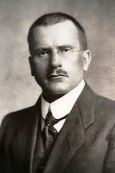 Carl Jung Depth Psychology: Carl Jung on Language and Psychological Functions. Psicólogo - espiritualista - espiritualidade - auto-conhecimento - livros - literatura