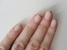 I have this glitter on my fingers right now. (makeup.com)