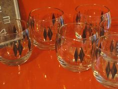 Federal Glass Black Diamond Gold Roly Poly Set of 6 by DaisysAttic