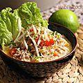 C'est une soupe que je n'avais jamais réalisée chez moi auparavant. Je l'ai dégustée une seule fois dans un resto Thaï. C'était divin,...
