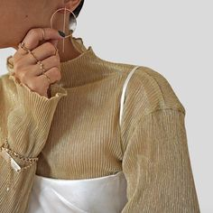 Here are some really amazing trending fashion jewelry ideas that will perfectly accessorize your winter outfits and make them much better. Look Fashion, Winter Fashion, Womens Fashion, Fashion Details, Fashion Fashion, Spring Fashion, Fashion Ideas, Fashion Beauty, Fashion Tips