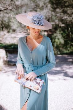 pale blue wedding invitation dress with hat Wedding Hats For Guests, Derby Outfits, Wedding Guest Style, Blue Wedding, Stylish Hats, Special Occasion Outfits, Elegant Outfit, Dress Codes, Daily Fashion