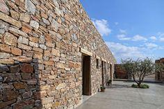 Architecture et construction influencées par le style ancien des demeures locales