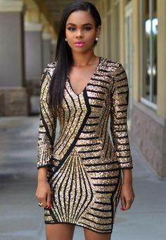 Złota sukienka wieczorowa z cekinami