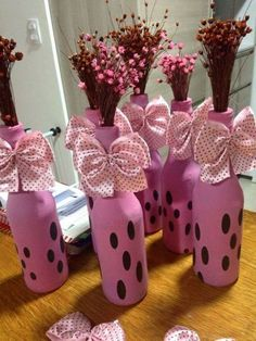 crafts to make and sell bottle crafts to make and sell bottle Diy Party Decorations, Balloon Decorations, Crafts To Make And Sell, Diy And Crafts, Bottle Centerpieces, Glass Bottle Crafts, Baby Shower, Mason Jar Diy, Craft Party