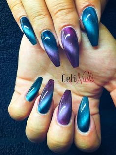 Nail art is a very popular trend these days and every woman you meet seems to have beautiful nails. It used to be that women would just go get a manicure or pedicure to get their nails trimmed and shaped with just a few coats of plain nail polish. Blue Nail Designs, Best Nail Art Designs, Beautiful Nail Designs, Gorgeous Nails, Pretty Nails, Diy Nails, Manicure, Cat Eye Nails Polish, Gel Nagel Design