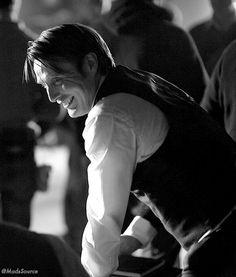 Mads Mikkelsen on Hannibal set Hannibal Lecter, Hannibal Tv Show, Hannibal Series, Hannibal Funny, Mads Mikkelsen, Beautiful Men, Beautiful People, Marriage Gown, Sir Anthony Hopkins