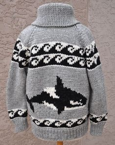 free cowichan sweater knitting pattern – Knitting Tips Baby Boy Knitting Patterns, Knit Patterns, Free Knitting, Sweater Patterns, Weaving Patterns, Knitting Projects, Crochet Projects, Knitting Ideas, Cowichan Sweater
