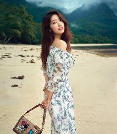 Park Shin Hye Marie Claire Korea March 2018 Look 1 Gwangju, Marie Claire, Park Shin Hye Pinocchio, The Heirs, Korean Celebrities, Celebs, Asian Woman, Asian Girl, Park Min Young