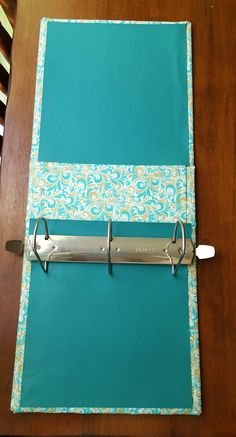 Gee Sees: Fabric Covered Binders Photo Album Covers, Album Photo, Notebook Covers, Binder Covers, Journal Covers, Fabric Book Covers, Fabric Books, Scrapbook Cover, Fabric Journals