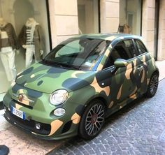 Fiat 500 Car, Fiat Cars, Fiat Abarth, Car Wrap, Cars And Motorcycles, Vintage Cars, Camouflage, Cool Cars, Automobile
