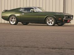 1971 Ford Mustang, Mustang Fastback, Mustang Cars, Ford Gt, Shelby Gt500, Green Mustang, First Mustang, Car Colors, Pony Car