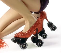 haha this is the only way to roller skate! Think these are allowed in roller derby? Crazy Shoes, Me Too Shoes, Weird Shoes, Mode Shoes, Diy Mode, Ruby Slippers, Glitter Heels, Red Glitter, Glitter Girl