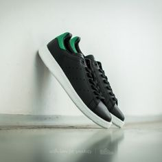 adidas Stan Smith Core Black/ Core Black/ Green za skvelú cenu 129 € s dostupnosťou ihneď nájdete len na Footshop.sk!