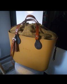 Sacs Kipling, My Bags, Purses And Bags, Animal Print High Heels, Sacs Design, Stylish Handbags, Cloth Bags, Hobo Bag, Luggage Bags
