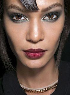 Season trend: burgundy lipstick