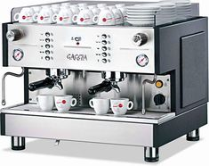 coffee machine Coffee Club, Coffee Time, Coffee Shop, Espresso Coffee Machine, Coffee Maker, Italian Coffee, Restaurant Design, Barista, Brewing