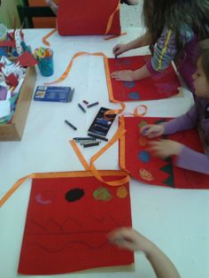 1 Decembrie, 25 March, Preschool Ideas, Romania, Crafts For Kids, Gift Wrapping, Gifts, Crafts For Toddlers, Presents