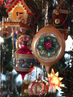 Polish glass balls, Matchless Wonder Stars, & lead tinsel on a Fraser Fir--yes, except balsam tree. Polish Christmas, Old Fashioned Christmas, Christmas Past, Retro Christmas, Christmas Holidays, Christmas Mantels, Victorian Christmas, White Christmas, Xmas